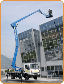 truck mounted cherry picker for hire