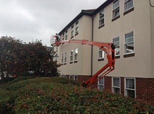 Operated cherry picker